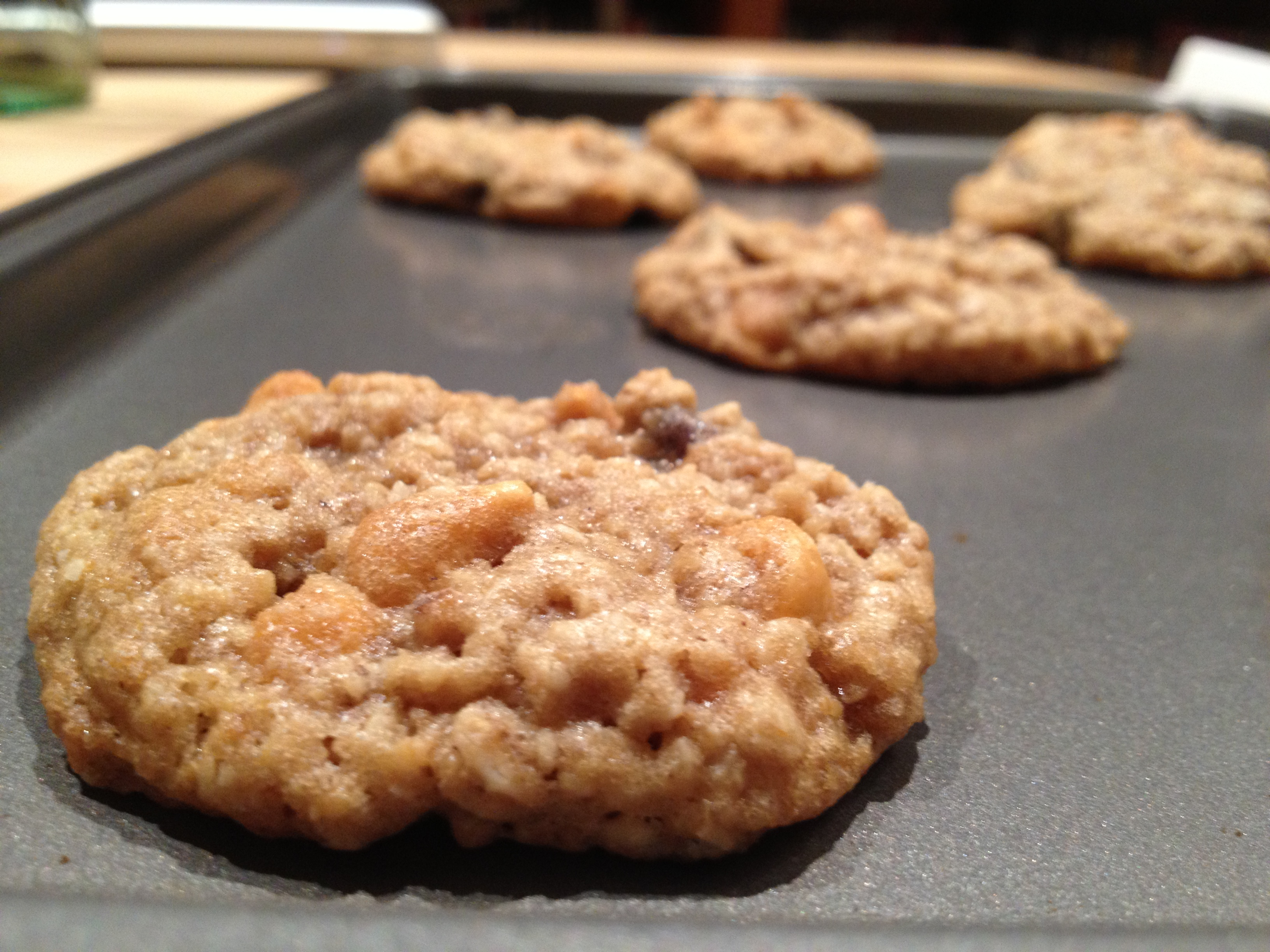 CHEWY BUTTERSCOTCH OATMEAL COOKIES – Hello Apron!